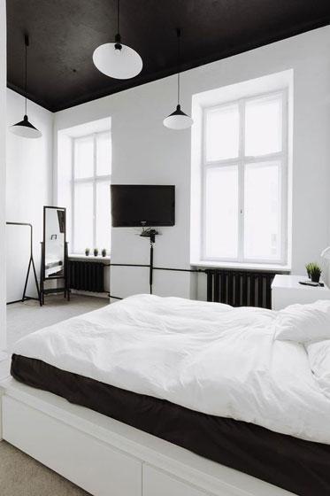 白色卧室背景墙