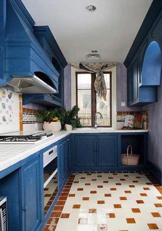 地中海蓝色厨房图片