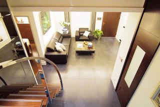 现代简约风格两室一厅舒适140平米以上效果图