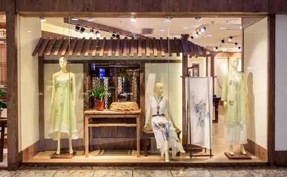服装店玻璃橱窗设计装修图片欣赏_齐家网装修效果图