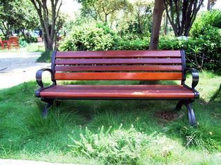 现代公园休闲椅图片