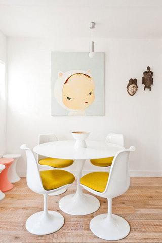 简约白色黄色餐厅效果图
