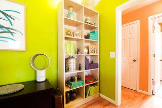 92平米三居室装修案例客厅书柜设计