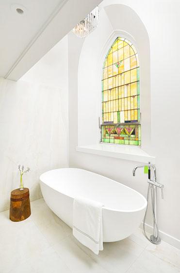 别墅装修设计卫生间浴缸空间