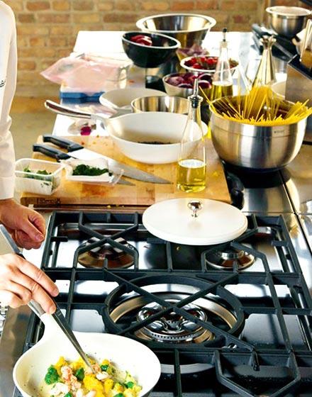 给力厨房灶具设计