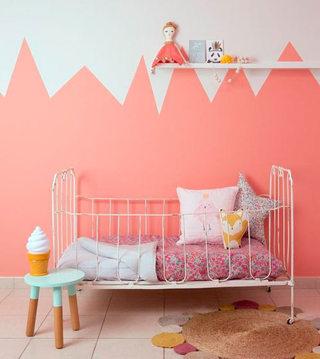 橘粉色可爱儿童房设计