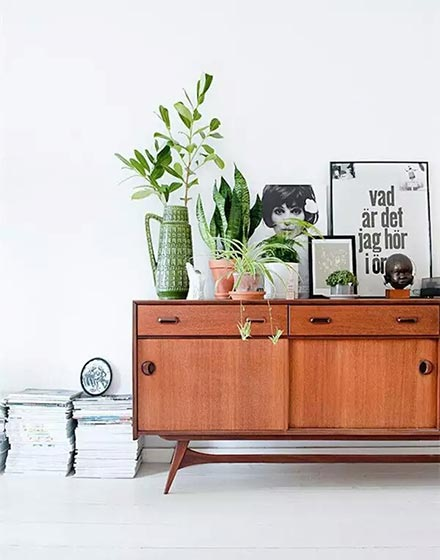 复古实用客厅展示柜设计