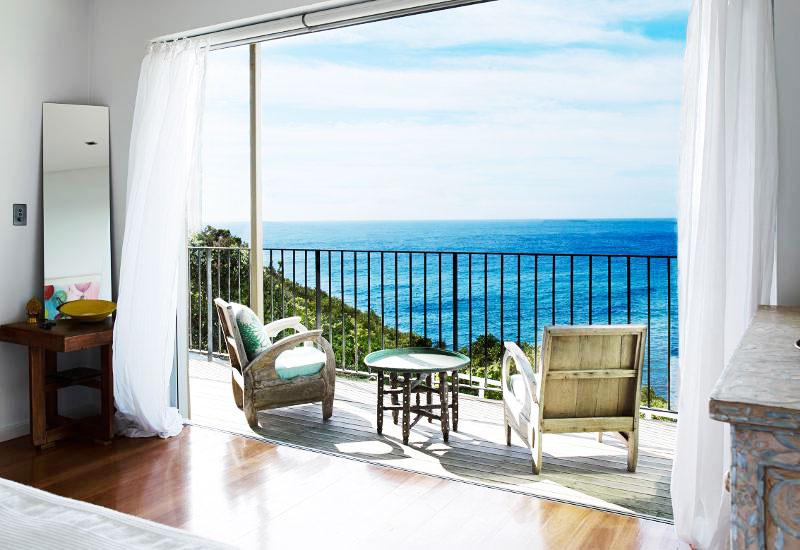 14图海边别墅客厅阳台设计
