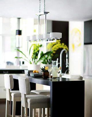 简约时尚厨房吧台设计效果图