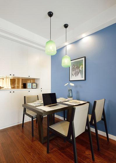 蓝色简约风餐厅背景墙设计