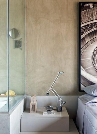 银灰色卧室床头柜装修效果图