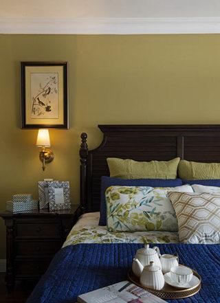 美式风格卧室床头柜装修效果图