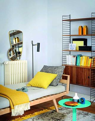 简约两居室客厅沙发床图片