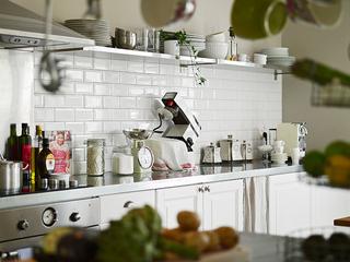 北欧风格白色厨房装修效果图