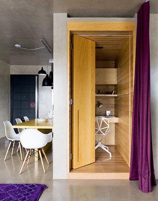loft风格单身公寓壁橱小书房装修