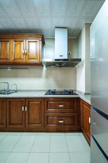 森系美式厨房 实木橱柜效果图图片