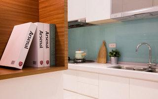 简约风格白色厨房橱柜装修效果图