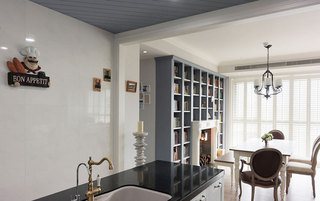 简洁白色厨房背景墙装修效果图