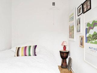 北欧白色卧室背景墙装饰画装修效果图