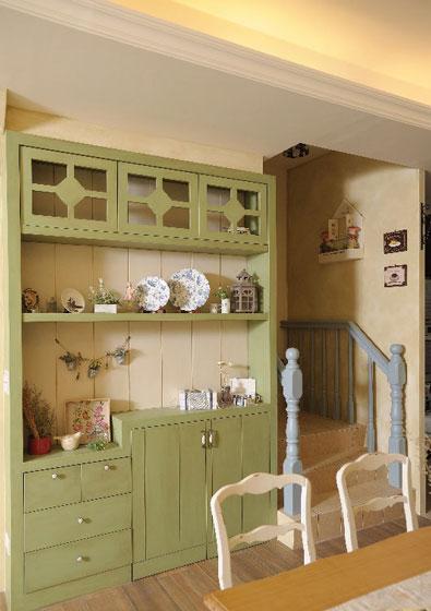 法式乡村风草绿色收纳柜装修效果图