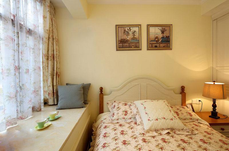 田园风格黄色卧室背景墙装修效果图