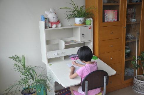 如何选购小书桌