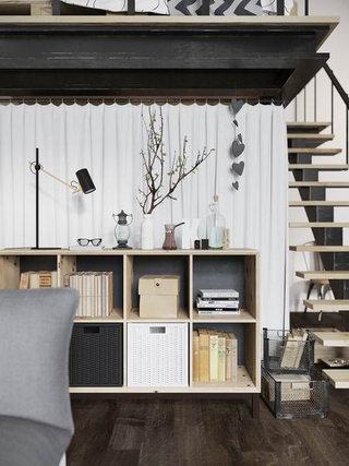 精致阁楼公寓客厅小书柜装修效果图
