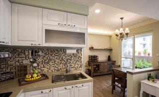 80平米厨房吧台一体装修效果图