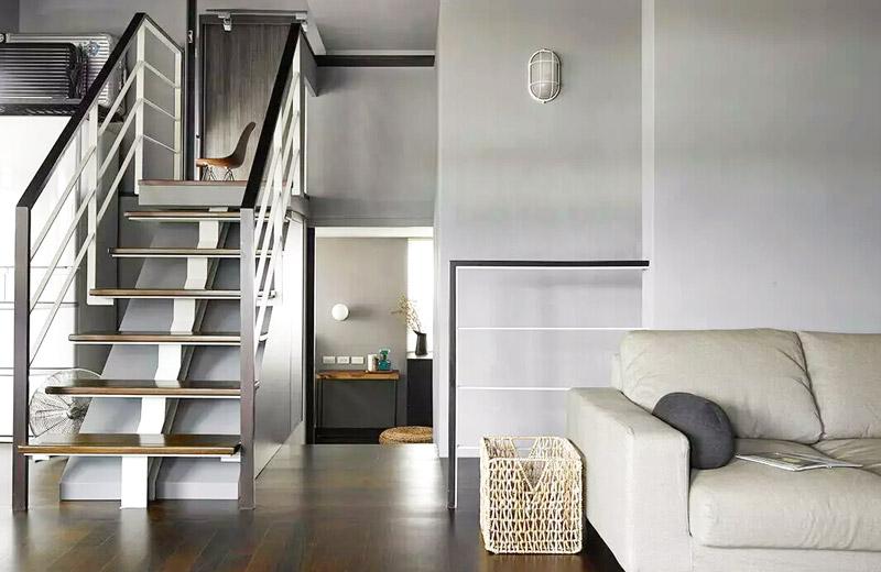99平小复式楼梯装修效果图