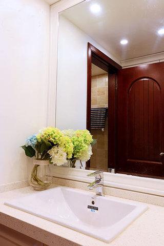 89㎡东南亚风格洗手台图片装饰