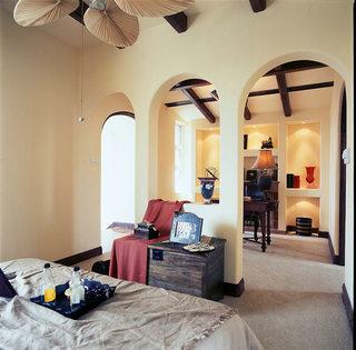 180平复式地中海卧室背景墙设计