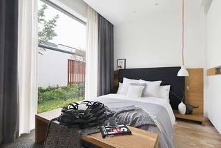 三居室卧室装修效果图片