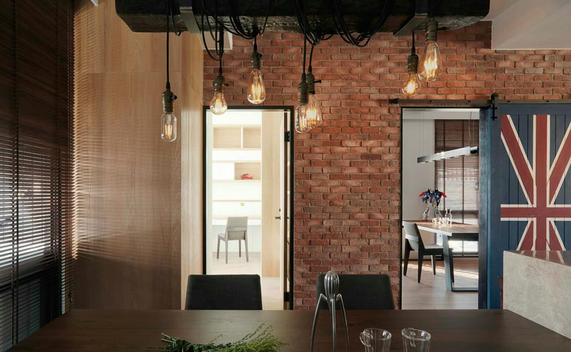 104平米混搭餐厅背景墙装饰效果图