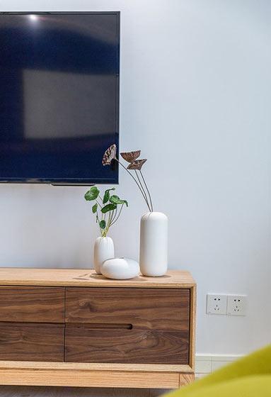 89平现代简约清新实木电视柜设计