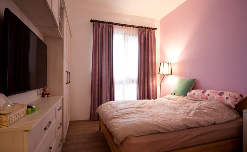 浪漫紫色简约风主卧室装修图