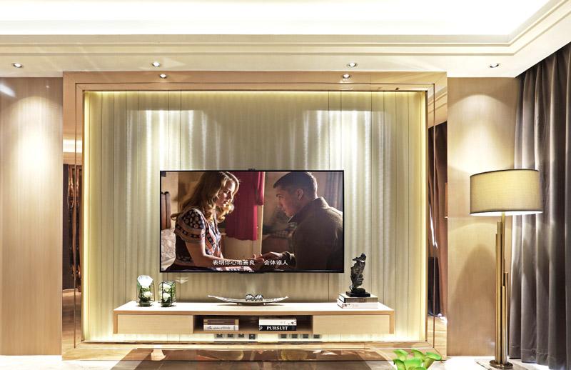 160平米三居室客厅电视背景墙装修
