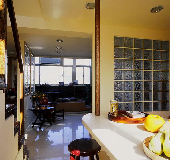 46平小复式楼客厅吊顶简洁设计装修