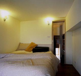 46平小复式楼简约卧室装修图