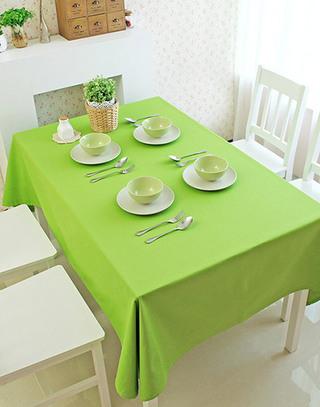 餐厅绿色桌布装饰效果图