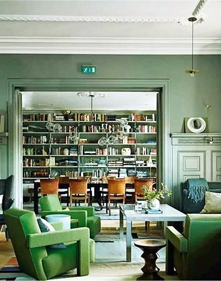 雅致绿色客厅沙发设计