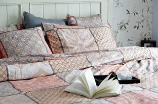 119平美式风格甜美卧室设计效果