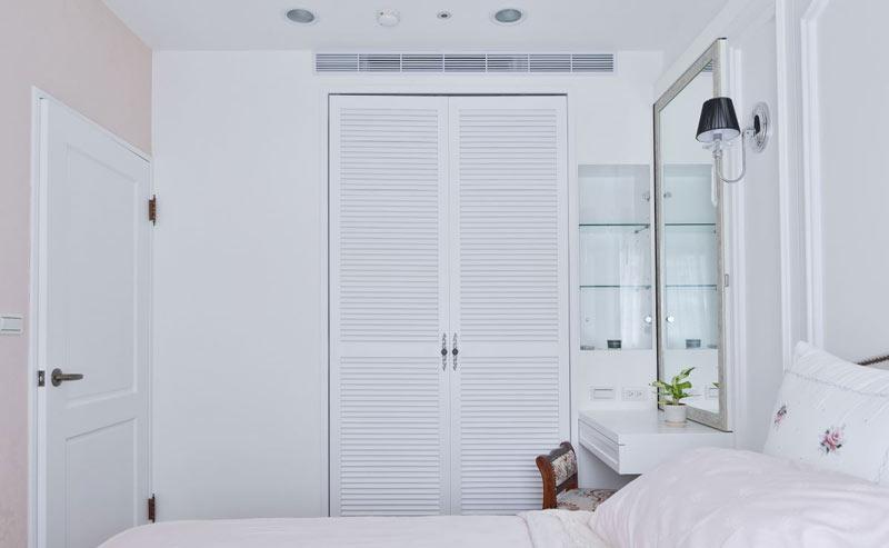 59平美式乡村小户型卧室衣柜设计效果图