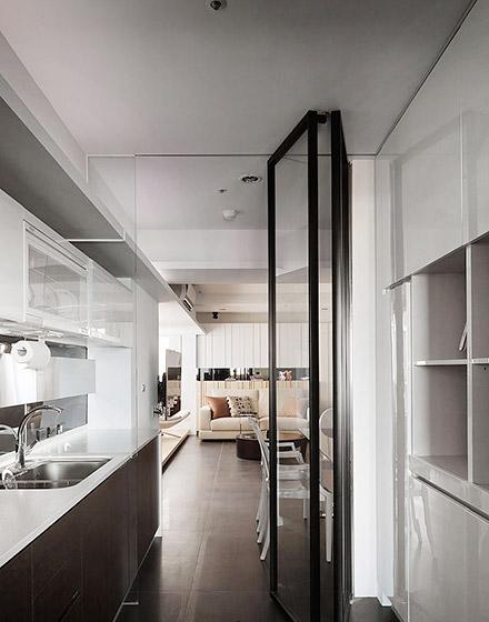 简约风格开放式厨房推拉门图片