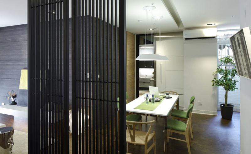 72平简约五口之家餐厅隔断装饰图