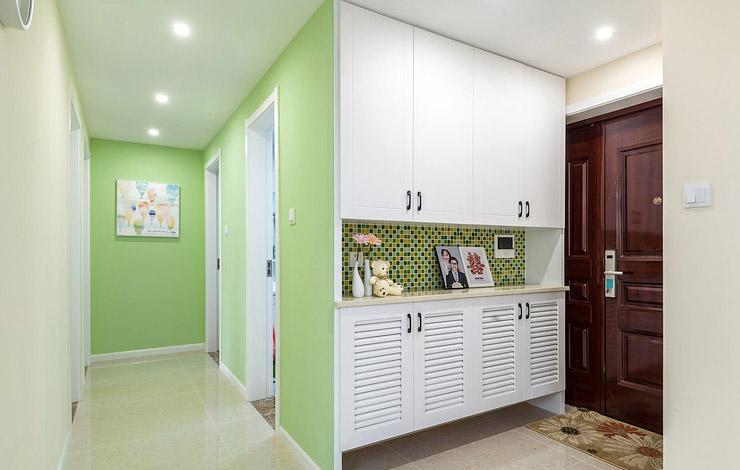 简约风格三室两厅玄关效果图装修