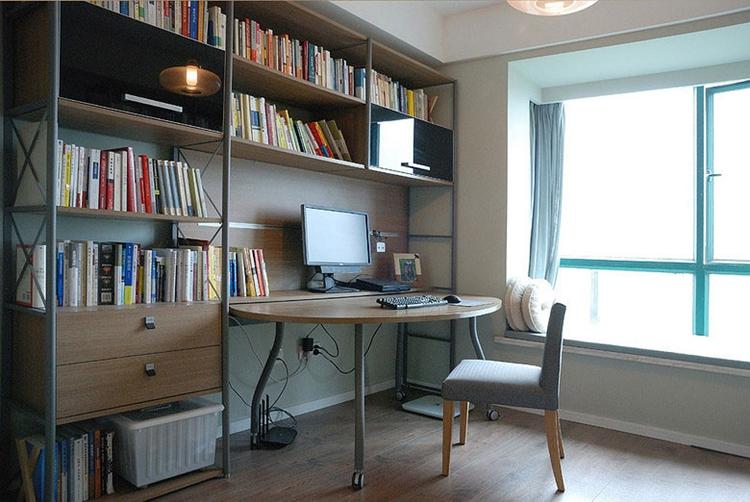 120三居室北欧装修风格书房设计