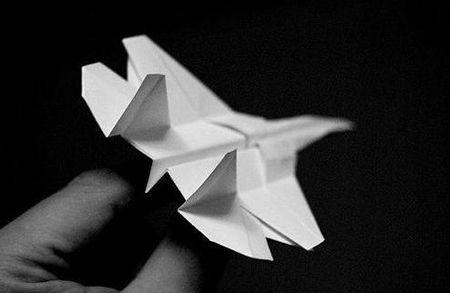 折纸飞机的方法,怎样折纸飞机飞得远
