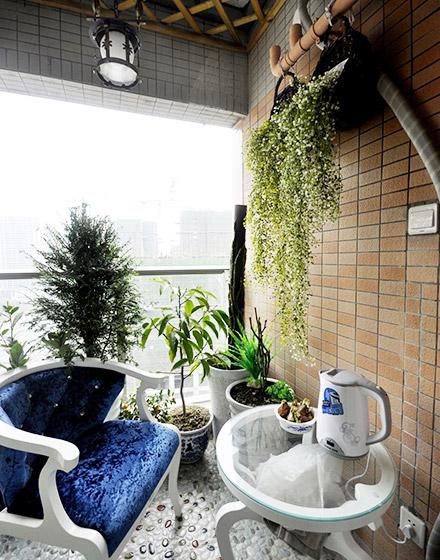 94平混搭风格三居室阳台装修装潢图