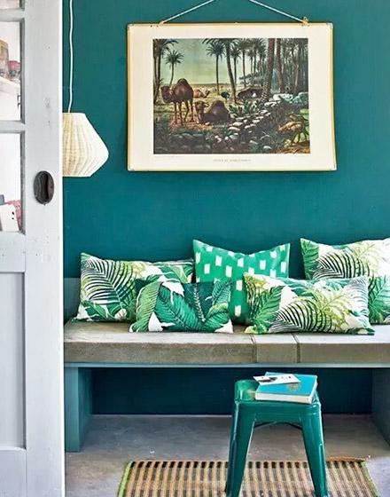 绿色沙发抱枕设计