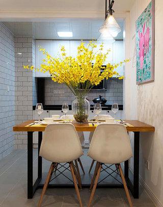 70平北欧混搭风二居室餐厅装潢效果图